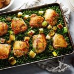 Kippenbillen met erwtjes uit de oven